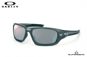 ÓCULOS OAKLEY VALVE GREY SMOKE - BLACK IRIDIUM POLARIZED
